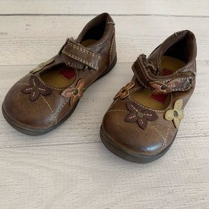 Toddler Girls Rachel Shoes size 5 Floral Flowers